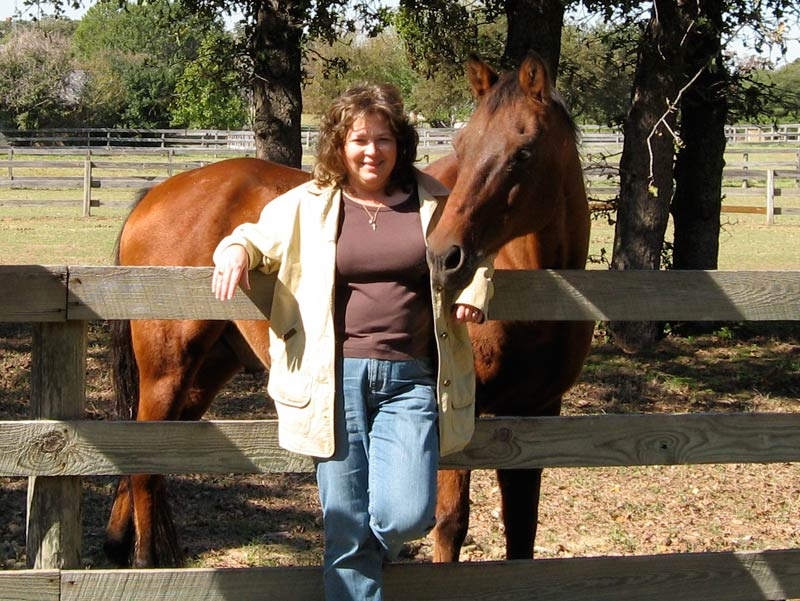 Our illustrator, Rose, with her horse in Texas